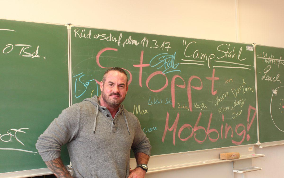 Carsten Stahl Stoppt Mobbing